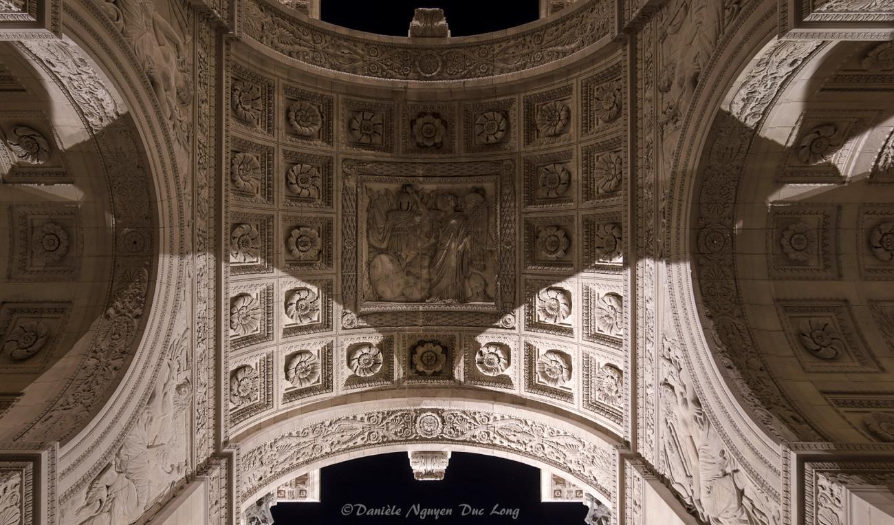sous l'arc de Triomphe du Carrousel, Paris, Paris 1er, Paris bye night