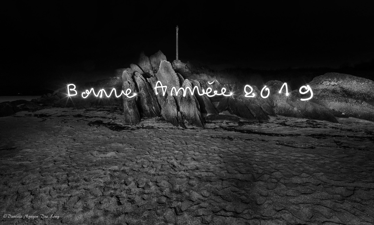 light painting, bonne année 2019, Guissény, côte des légendes,